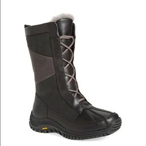 NEW UGG MIXON SNOW BOOTS ❄️Waterproof